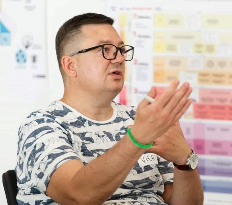 Виталий Елисеев